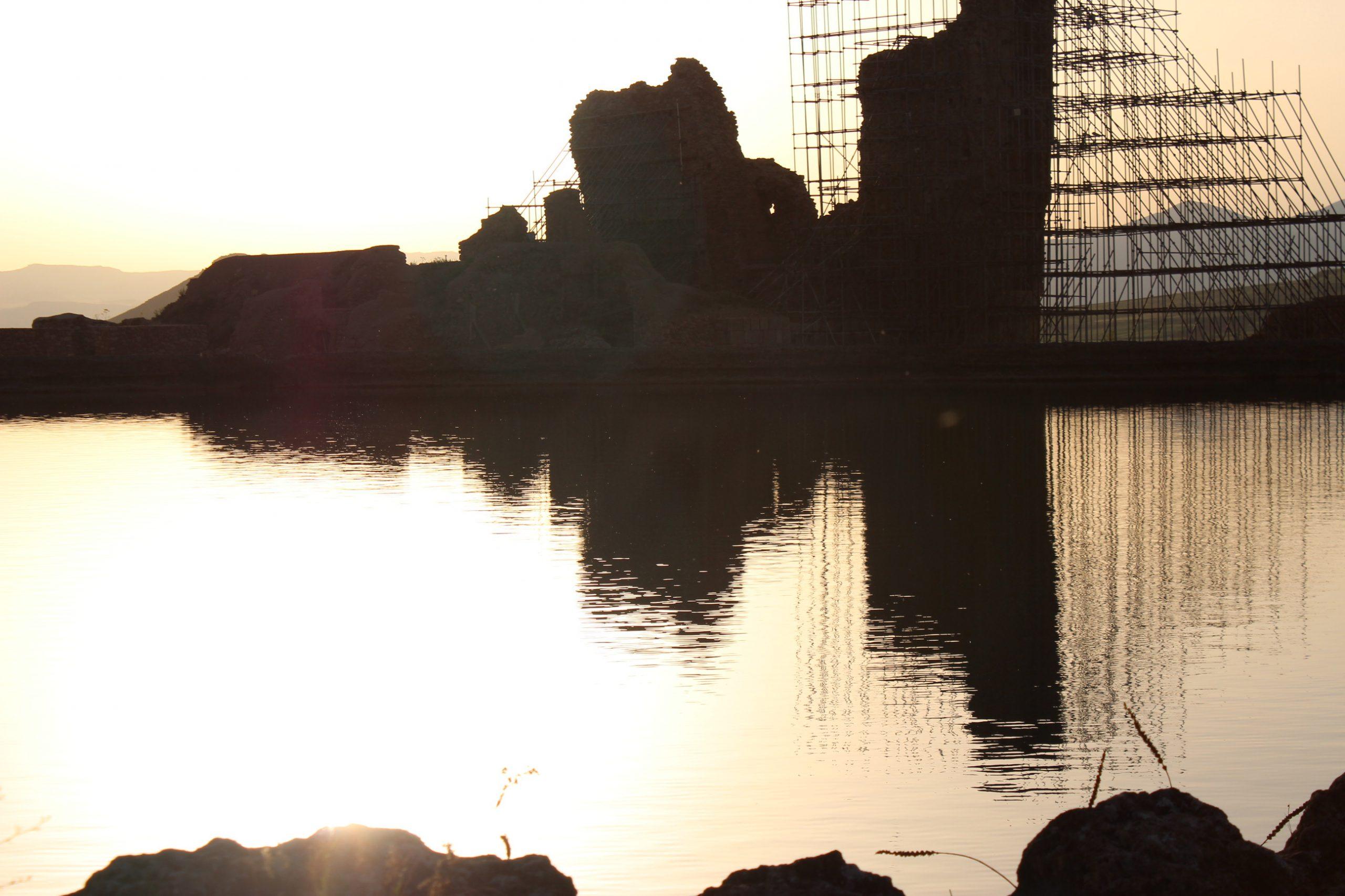 دریاچهی آتشکده آذرگشسپ